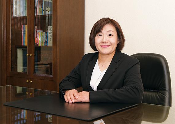 代表取締役社長 坂本朋子写真